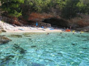 mlaska-beach-holiday-apartments-hvar